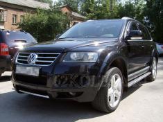 Volkswagen Touareg (черный)