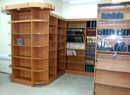Специальное книготорговое оборудование
