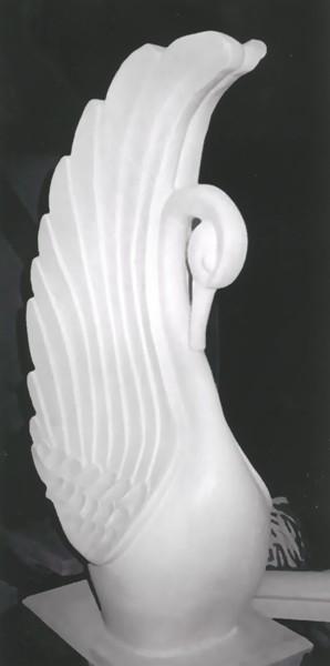 Декоративная фигура - лебедь