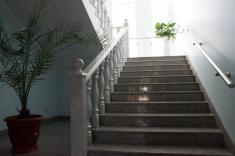 Лестница каменная