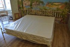 Кованое изголовье кровати
