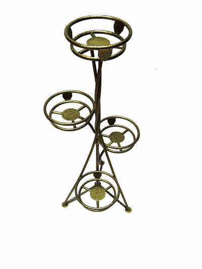 Нестандартные металлоизделия: цветочницы металлические