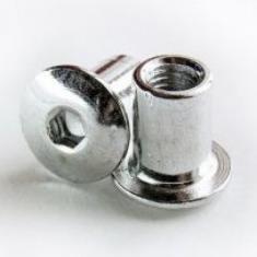 Гайка ERICSONA М6, п.круг., (SW4,L=12мм) никелир.
