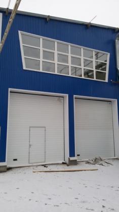 Ворота автоматические, окна ПВХ