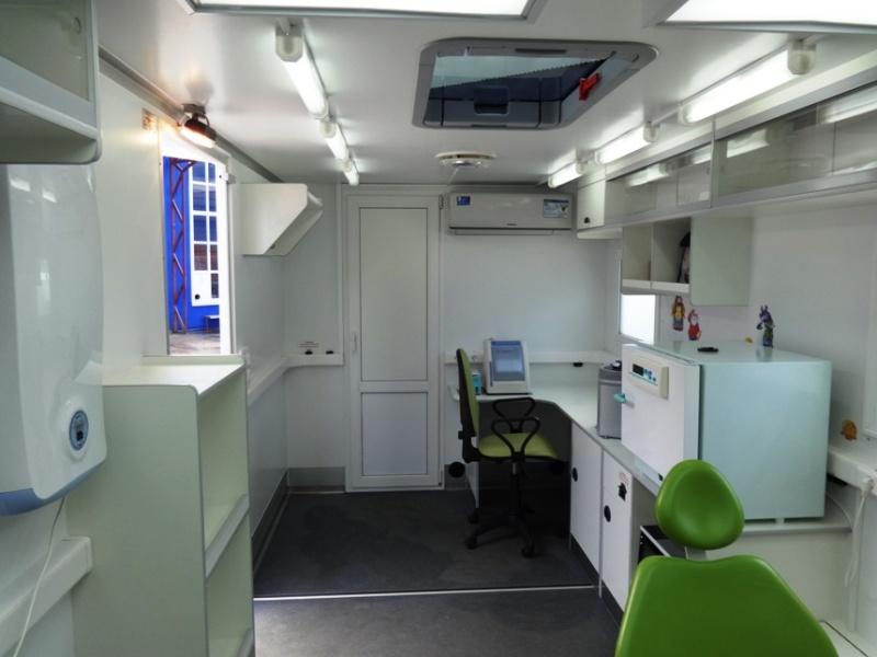 Прицеп Стоматология - внутреннее оборудование