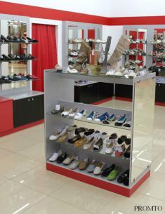 Торговое оборудование для сетевого обувного магазина в Липецке
