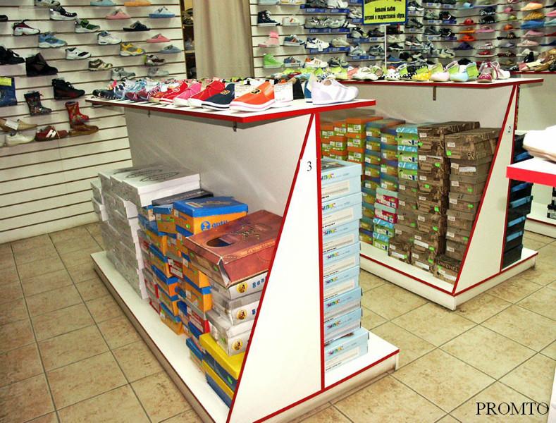 Торговая мебель для сетевого обувного магазина в Рязани