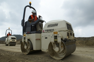 TEREX TV-1200 (Англия) – тротуарный двухвальцовый виброкаток