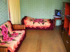 двухкомнатная квартира на Дзержинского (к-т Дружба)