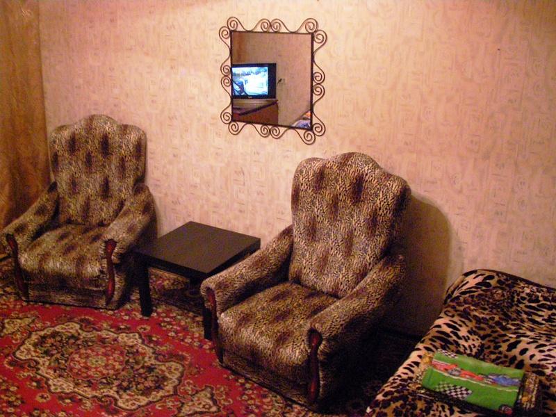 двухкомнатная квартира на Дзержинского