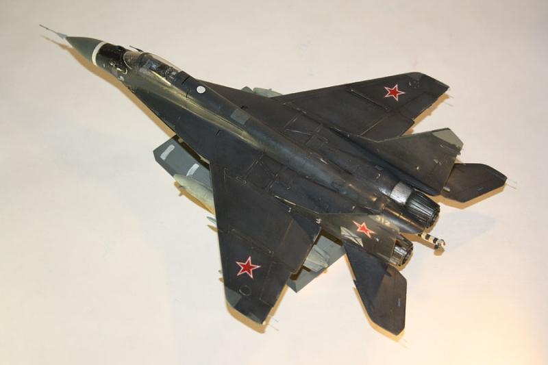Самолет - истребитель МиГ - 29К (9-31)