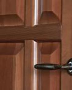деревянные двери