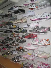 Спортивная детская обувь, кроссовки
