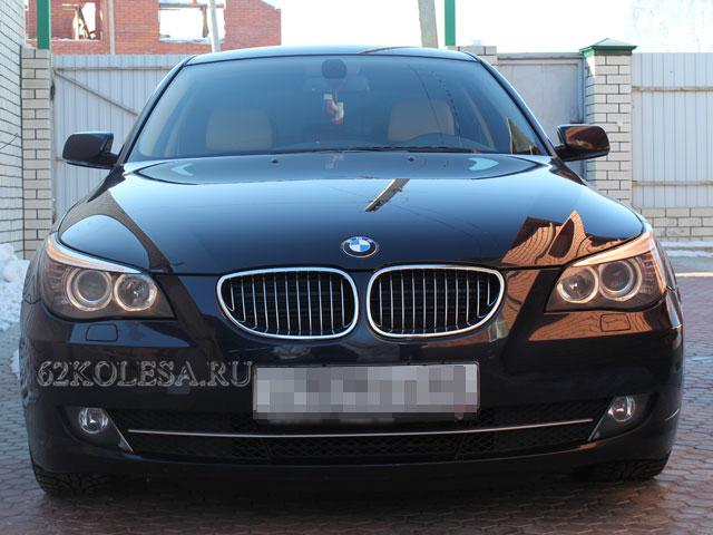 BMW 5 (черный)