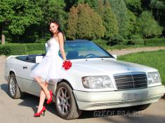 Mercedes-Benz E-Klasse Cabriolet, белый, 3 места, 1500 рчас, 1 шт.