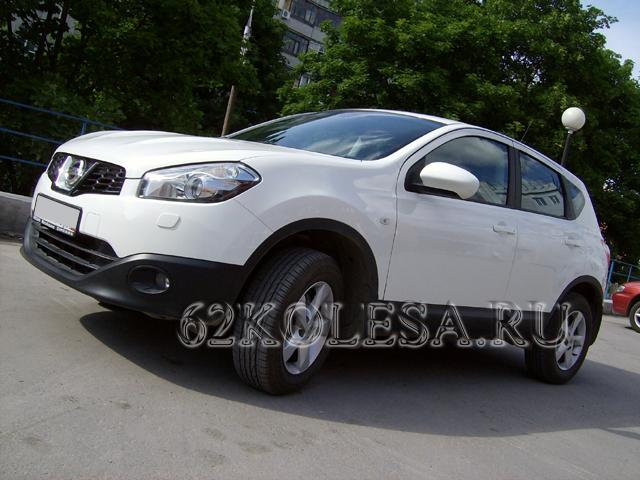Nissan Qashqai (белый)